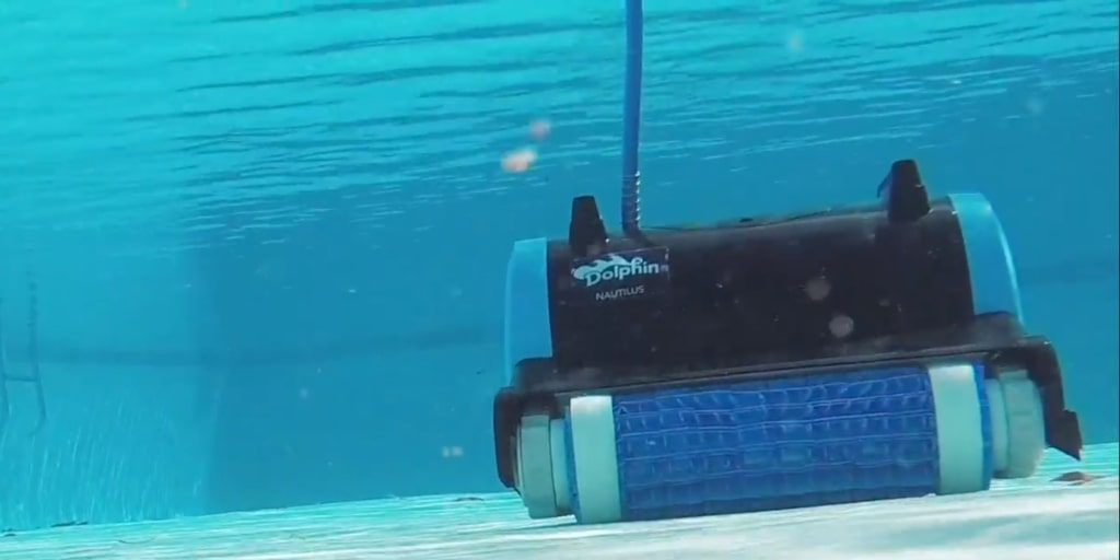The Dolphin Nautilus Robotic Pool Cleaner - Our 2019 Review