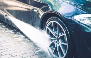 Car Wheels Pressure Washing