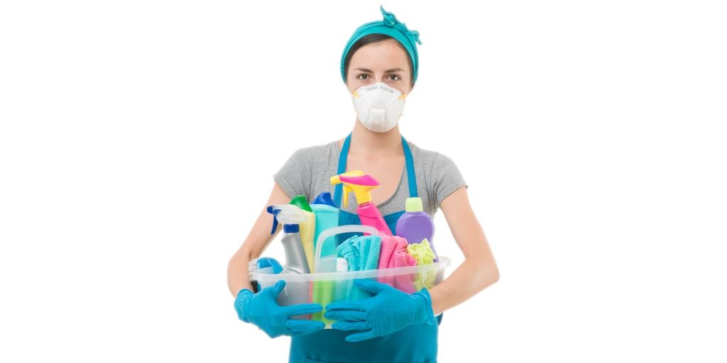 Hidden Toxins: Chemicals in Cleaning Products & Health Risks