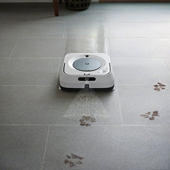Robot mops can take care of daily pet shedding