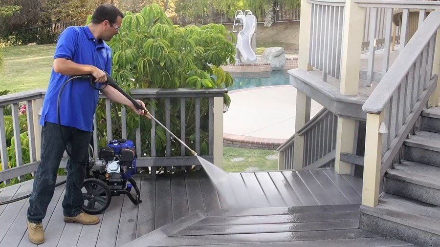 XP3100PWT is a durable gas pressure washer.