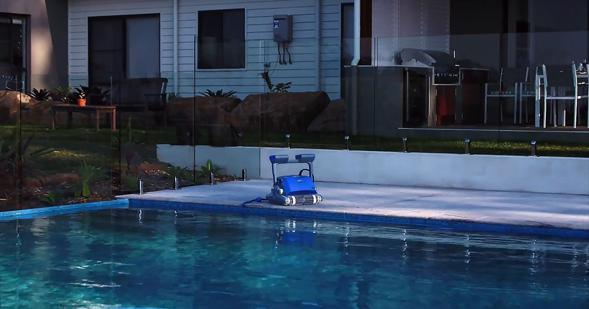 The 10 Best Robotic Pool Cleaners Of 2020 Comparisons Reviews