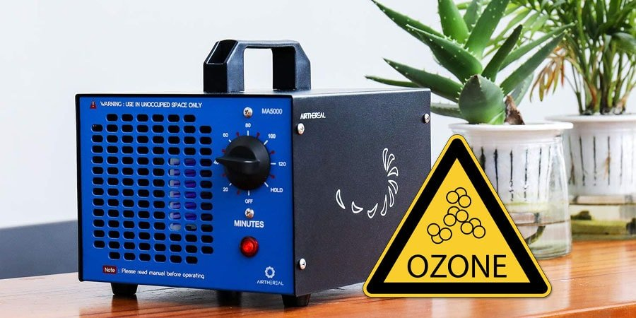 The ozone generator staying on the table.