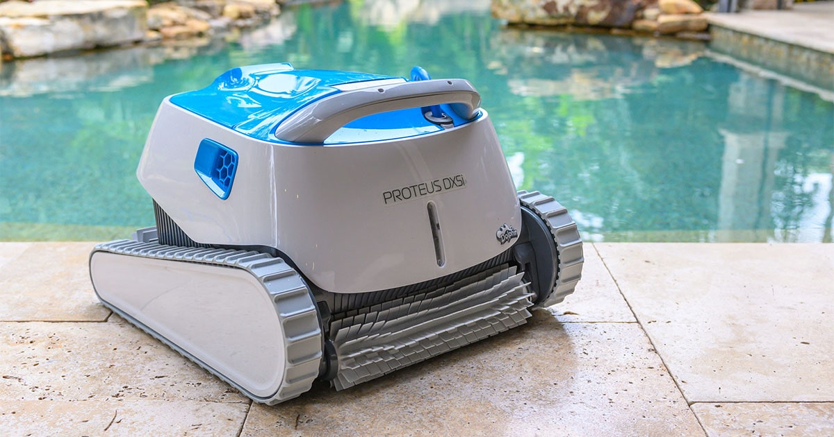 The Dolphin Proteus DX5i Robotic Pool Cleaner: Our 2021 Review