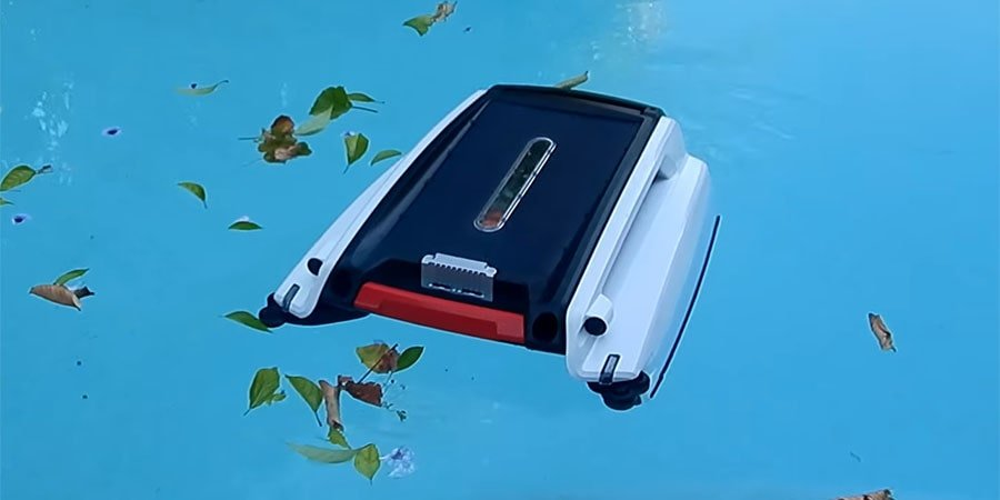 Robotic pool skimmer from Instapark cleans pool from floating leaves