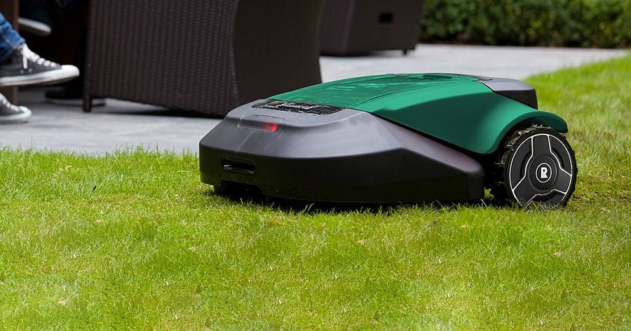 Robomow RS630 mowes the lawn.